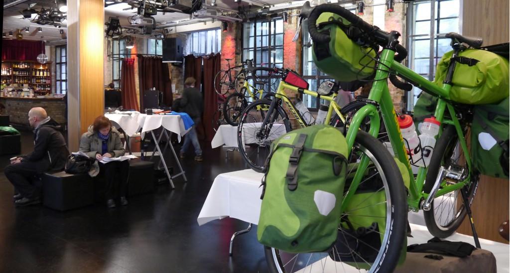 Pressedienst-Fahrrad-Kalkscheune